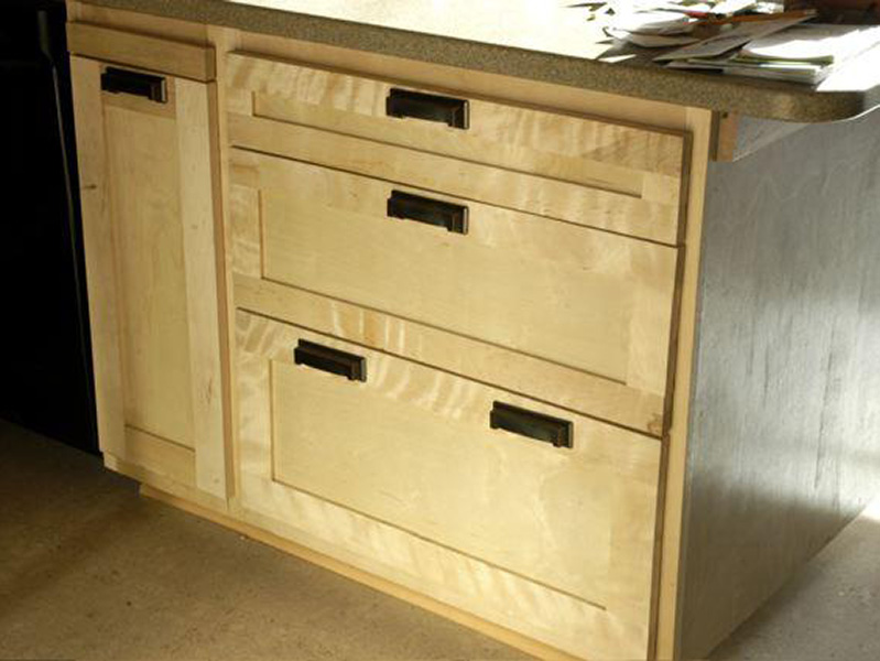 14 flame birch cabinet