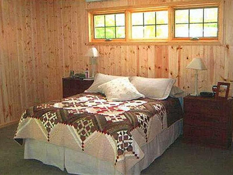 18 pine vg bedroom